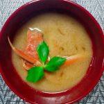 セコガニの味噌汁